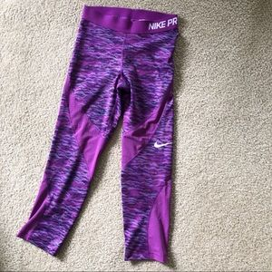 Nike Pro Purple Cropped Leggings